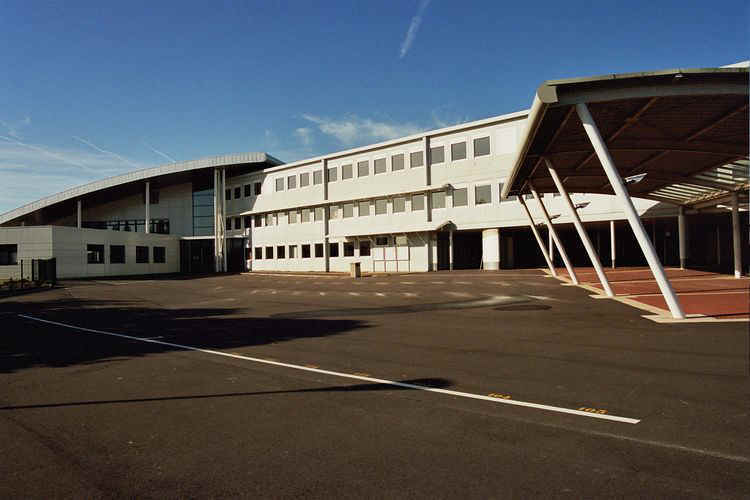 photo du collège andré bauchant